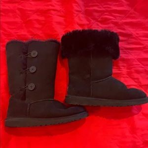 Original UGG Boots With Fur Lining.